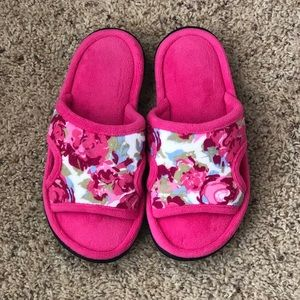 🆕Isotoner women's heathered jersey slide slippers